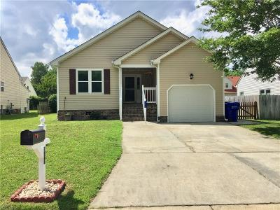 Suffolk Single Family Home New Listing: 111 Eagle Point Crst