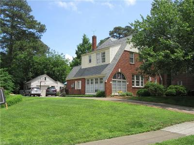 Norfolk Single Family Home For Sale: 7478 North Shore Rd