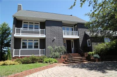Norfolk Single Family Home For Sale: 1322 Sussex Pl