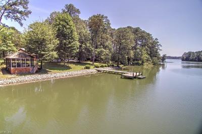 Virginia Beach Single Family Home For Sale: 1916 W Twin Cove Rd