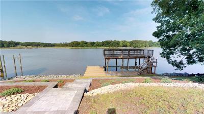 Newport News Single Family Home For Sale: 113 Linda Dr