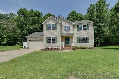 Suffolk Single Family Home New Listing: 307 Black Pine Ct