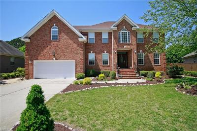 Chesapeake Single Family Home For Sale: 516 Trotters Ln