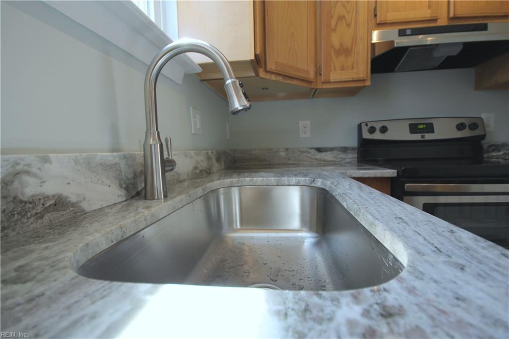 Listing: 237 W 27th St, Norfolk, VA.| MLS# 10200452 | Melody Matthews |  757 223 0034 | Newport News VA Homes For Sale