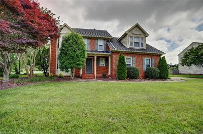Hampton Single Family Home New Listing: 142 Pine Creek Dr