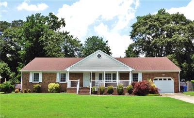 Chesapeake Single Family Home New Listing: 4208 Sorrento Dr