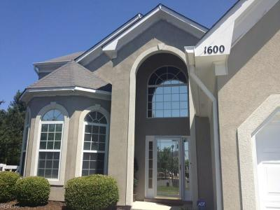 Virginia Beach VA Single Family Home Under Contract: $369,990