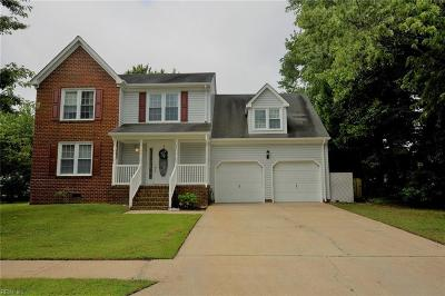 Chesapeake Single Family Home New Listing: 1111 Plantation Lakes Cir