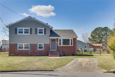 Hampton Single Family Home New Listing: 119 Briarwood Dr