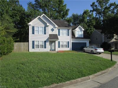 Suffolk Single Family Home New Listing: 125 Tournament Ct