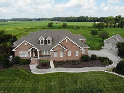Chesapeake Single Family Home New Listing: 933 Two Gates Cir