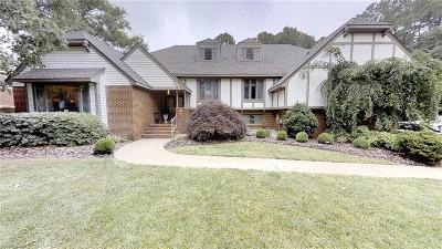 Virginia Beach Single Family Home New Listing: 2008 Echo Cv
