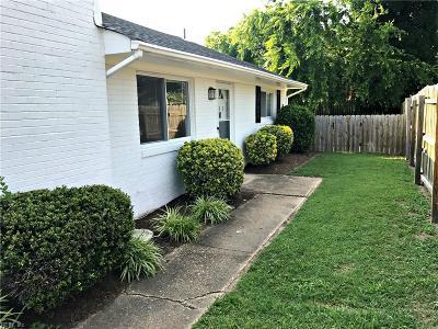 Virginia Beach Single Family Home New Listing: 403 Masury Ct #B