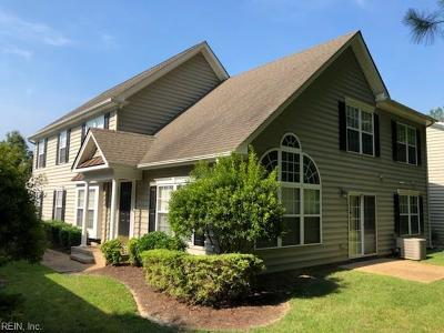 Suffolk Single Family Home New Listing: 2704 Waters Edge Ln