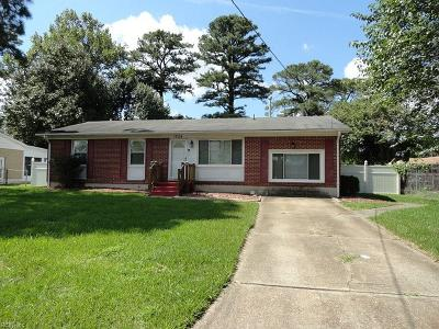 Portsmouth Single Family Home New Listing: 1204 Warfield Dr