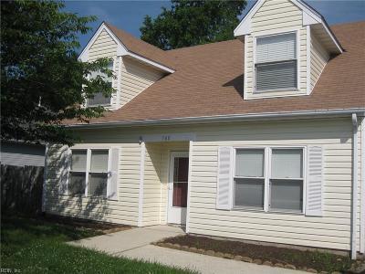 Suffolk Single Family Home New Listing: 160 Kristen Lane