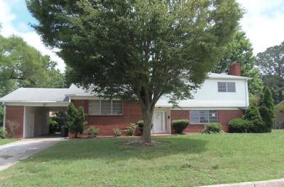 Hampton Single Family Home New Listing: 26 Meadowbrook Dr