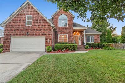 Suffolk Single Family Home New Listing: 5302 Bay Hill Ct S