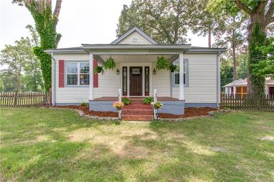 Suffolk Single Family Home New Listing: 117 Barrett Dr