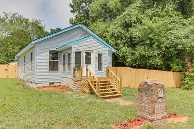 Suffolk Single Family Home New Listing: 407 Bullock St