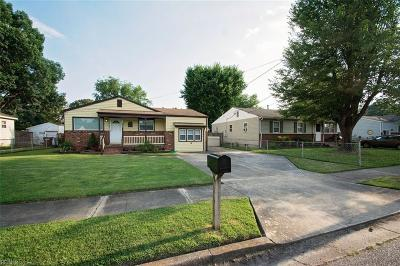 Chesapeake Single Family Home New Listing: 2712 Halsey St