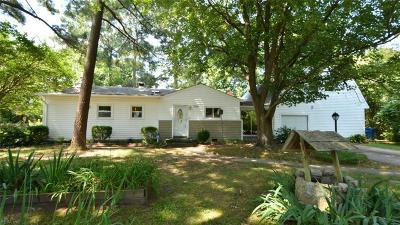 Chesapeake Single Family Home New Listing: 3307 Indigo Rd