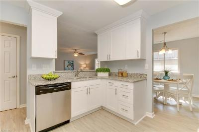 Single Family Home New Listing: 833 Little Bay Ave #E