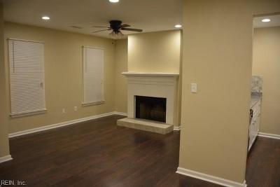 Chesapeake Single Family Home New Listing: 812 Wickford Dr