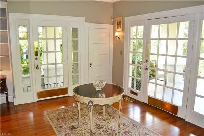 Norfolk Single Family Home For Sale: 939 Jamestown Crst