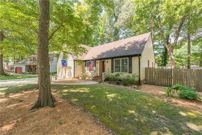 Chesapeake Single Family Home New Listing: 804 Mowbry Ct