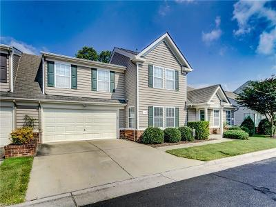 Chesapeake Single Family Home New Listing: 1128 Alexandria Ln #33