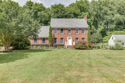Suffolk Single Family Home New Listing: 113 Brittany Ln