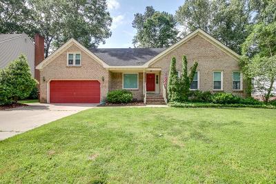 Chesapeake Single Family Home New Listing: 521 San Pedro Dr