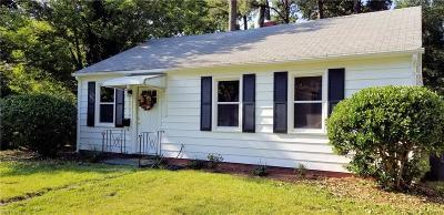 Hampton Single Family Home New Listing: 103 Lexington St