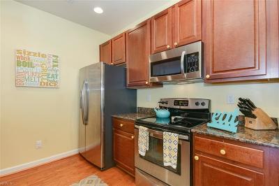 Chesapeake Single Family Home New Listing: 520 Hermit Thrush Way