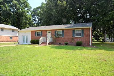 Hampton Single Family Home New Listing: 446 Martha Lee Dr