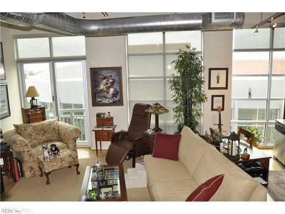 Virginia Beach Single Family Home New Listing: 221 Market St #548