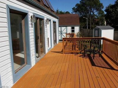 Virginia Beach Single Family Home New Listing: 760 Southleaf Dr