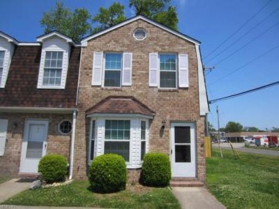 Chesapeake Single Family Home New Listing: 2700 Conrad Ave #8