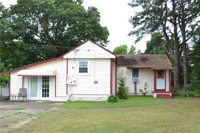 Chesapeake Single Family Home New Listing: 1737 Benefit Rd