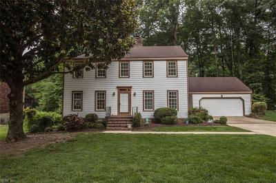Newport News Single Family Home For Sale: 9 Lantern Cir