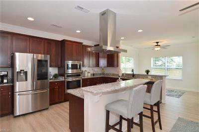 Hampton Single Family Home For Sale: 12 E Virginia Ave
