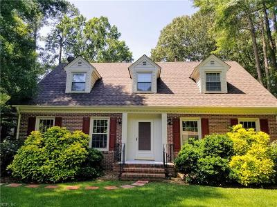 Chesapeake Single Family Home For Sale: 200 Northview Dr
