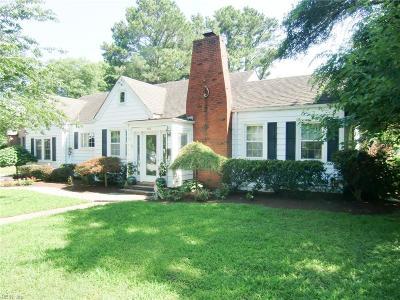 Norfolk Single Family Home For Sale: 103 S Arden Cir