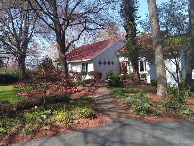Suffolk Single Family Home For Sale: 9107 River Cres