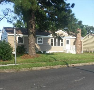 Chesapeake Single Family Home For Sale: 3101 Walden St