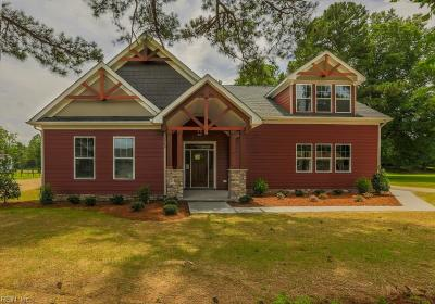 Suffolk Single Family Home For Sale: 4241 Capps Creek Dr