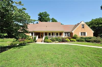 Suffolk Single Family Home For Sale: 2932 Ames Cove Dr