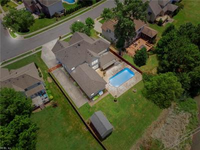 Chesapeake Single Family Home For Sale: 920 Churchill Dr