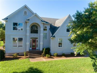 Suffolk Single Family Home For Sale: 103 Bennetts Creek Lndg